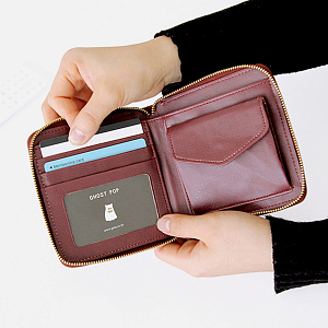 Ghost Pop Zipper Wallet S2 Burgundy
